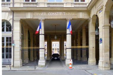 Loi Travail : censure du juge constitutionnel sur la mise à disposition par les collectivités de locaux aux organisations syndicales
