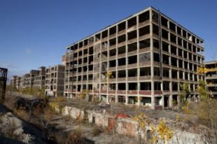 Detroit-shrinking-cities-UNE