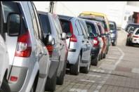 Embouteillage, serrée, voitures, départs, vacances, retour, travail