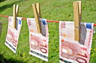 Euros_fil_a_linge_Image_of_Money