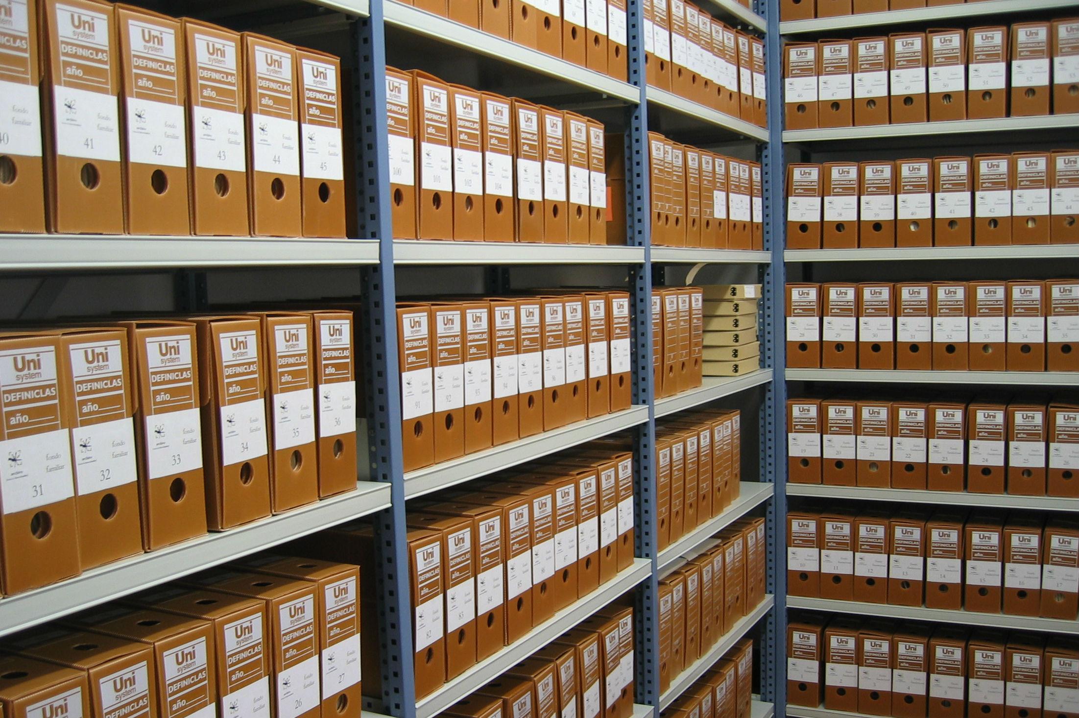 Archivistes et les informaticiens doivent travailler ensemble