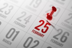 February 25 written on a calendar to remind you an important app