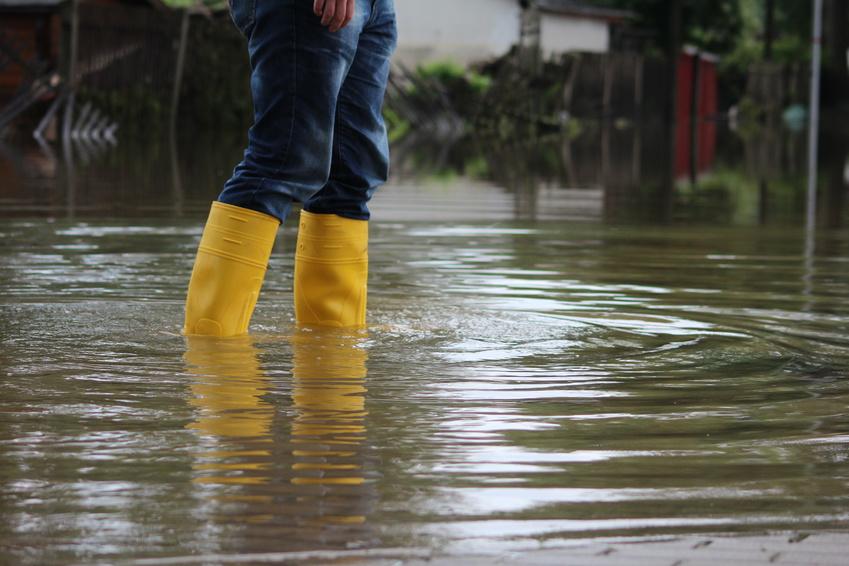 «Il est trop tôt pour établir un lien entre ces inondations et le changement climatique»