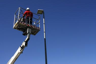 Comment faire de l'éclairage public une source vertueuse d'économie ?