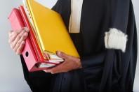 Justice - Dossiers d'instruction tenus par un avocat