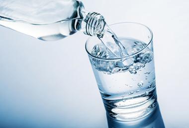 La lente agonie du principe « l'eau paie l'eau »