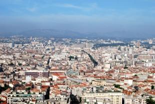 Vue sur Marseille - Pic de Pollution