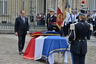 Hollande hommage police magnanville