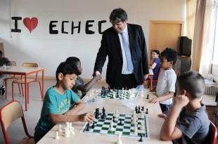Soucieux de changer l'image de sa ville, le maire Thierry Meignen a souhaité offrir aux élèves de primaire une activité valorisant la réussite.