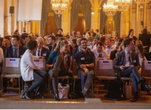 L'édition 2018 de « datacity », en juin à la mairie de Paris, a sélectionné 14 start-up qui ont ensuite pu réaliser leur projet.