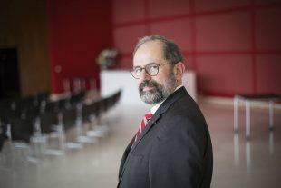 Philippe Laurent a la Mairie de Sceaux le 11 avril 2016.