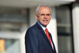 Le député (UMP) Marc Laffineur, avec son collègue Jean-Pierre Balligand (PS), préconise un prélèvement intercommunal basé sur le potentiel financier consolidé.
