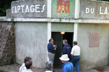 Visite technique d'une source dans le Pays basque.