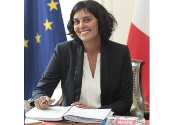 Myriam El Khomri reçoit les acteurs locaux pour envisager une réorientation de la politique de la ville.