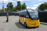 Navette autonome Navya, lors de sa présentation auSalon des transports public à Paris, le 24 juin 2016.