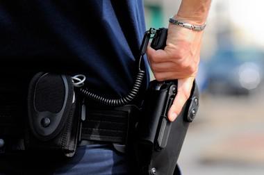 Usage des armes : vers une extension des nouvelles règles aux policiers municipaux