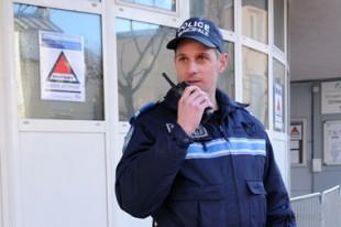 Police Municipale, Ecole, Enghien, France