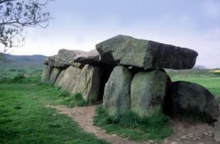 Patrimoine-dolmen-une
