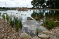Photo 4 - Baignade naturelle de Loches bassin ceinturé par 100 m2 d'un filtre en sable et pouzzolane et planté @ Frédéric Ville