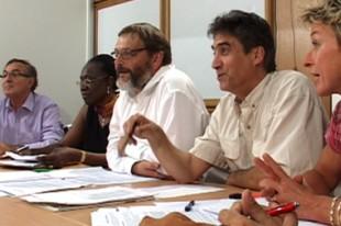 La table ronde, organisée le 29 juin rassemblait les dirigeants des principaux syndicats de la FPT (ici, de gauche à droite : Antoine Breining (FA-FPT), Awa Burlet (FNACT-CFTC), Yves Letourneux (Interco-CFDT), Jean-Louis Gadea (SUD-collectivités), Sandrine Mourey (CGT-services publics)