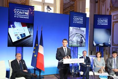Lutte contre le terrorisme : ce que le gouvernement demande aux collectivités