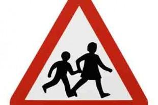 Panneau de signalisation école