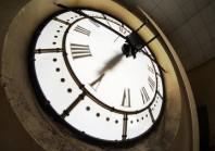 Nouveaux horaires dans les services publics : prendre en compte les usagers et les agents