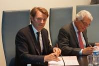 François Baroin, président de l'Association des maires de France (AMF) et André Marcon, président de CCI France