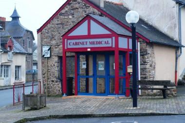 cabinet medical à Crevin (35)