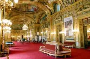 Intérieur du Sénat couloirs