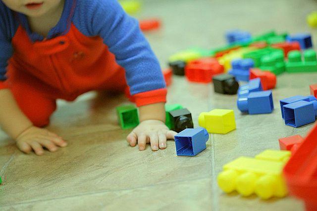 Plan d'action pour la petite enfance: pour le concret, il faudra encore attendre