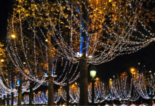 decoration-noel-illumination-UNE