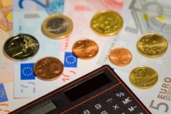 dette-surendettement-argent-UNE