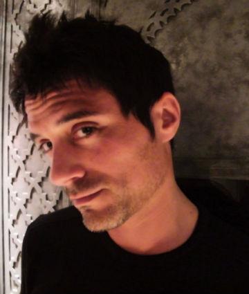 Franck Confino, directeur de l'agence Adverbia et fondateur du blog territorial.fr