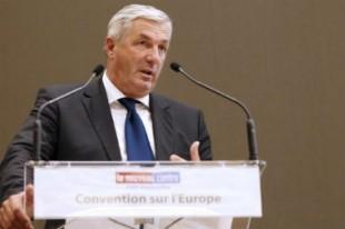 François Sauvadet a rencontré les syndicats le 5 janvier. Ceux-ci déplorent que, dans l'agenda social, ne figure pas l'augmentation du point d'indice