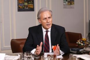 Georges TRON, secrétaire d'Etat à la Fonction publique