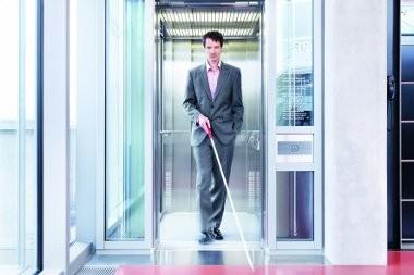 handicapé moteur-blindman_med-Schindler