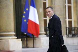 Jean-Marie Bockel, le secrétaire d'Etat à la Justice, lors de son arrivée à l'Elysée pour la remise de son rapport