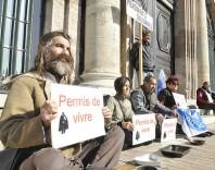Manifestation de Médecins du Monde le 20 octobre 2011 après la publication de l'arrêté anti-mendicité