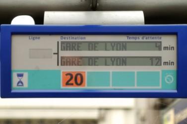 page13d_panneau_temps_attente_bus