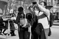 touriste prenant une photo