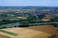 campagne-terres-agricoles-village