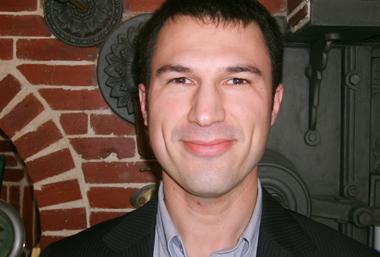 Cyril Cotonat, maire de Ladevèze-Rivière