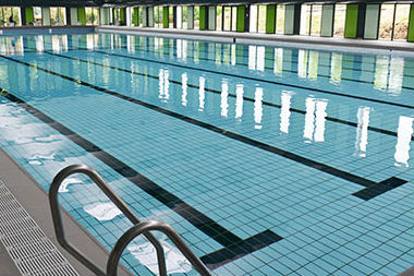 A Metz, les maîtres-nageurs s'inquiètent de l'air vicié de la piscine