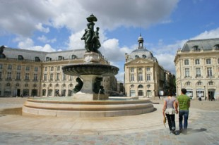 place_bordeaux-3-graces