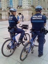 policeVelos