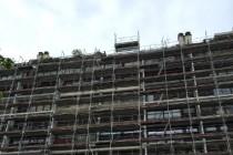 Les travaux de rénovation thermique de l'immeuble situé rue Clavel du 19ème arrondissement de Paris sont les premiers résultats visibles de l'OPATB 19.