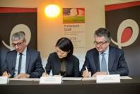 Signature du pacte culturel à Poitiers, le 13 avril 2015.