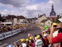 Passage du Tour de France à Saint-Fargeau dans l'Yonne en 2009.
