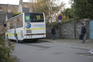 Bus de transport scolaire